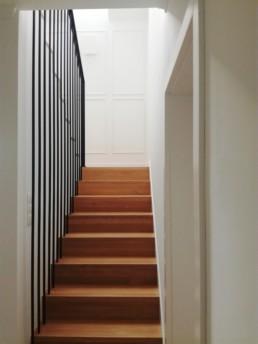 balustrada wewnętrzna, balustrada z linkami, schody podwieszone